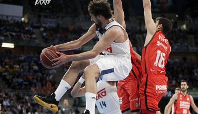 Un enorme Lull catapultó a su equipo a la victoria. Fotografía solobasket.com